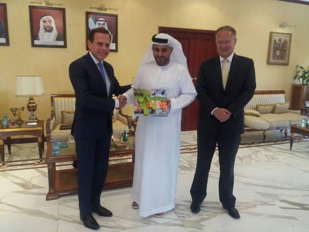 O prefeito João Doria está em Abu Dabi acompanhado do embaixador do Brasil nos Emirados Árabes, Paulo César Meira de Vasconcellos