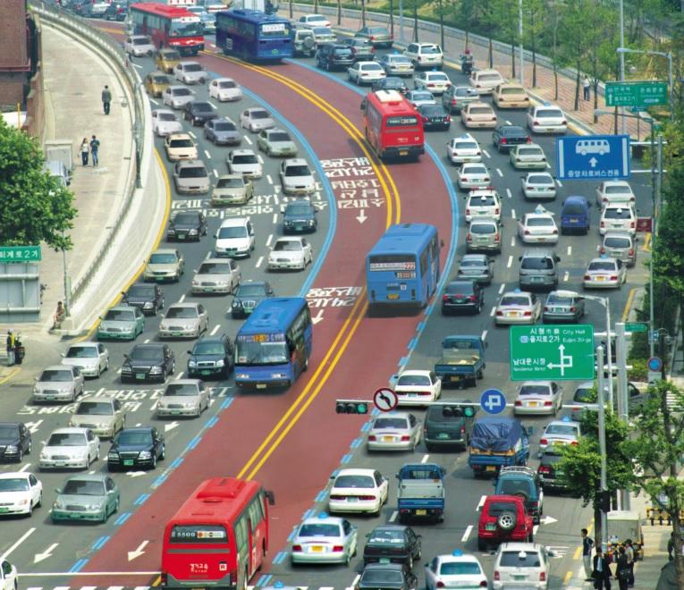 Sistema de ônibus de Seoul é todo conectado por tecnologia de gestão e operação.